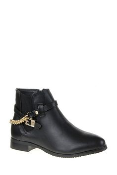 Chelsea Ankle Boots With Chain Detail  http://jessyss.com/shoes/ankle-boots/1336501800.html?barva=