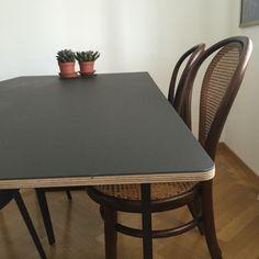 Muuto's 70/70 table
