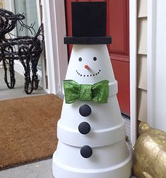 Clay pot snowman - easy DIY Christmas decor // Egyszerű agyagcserép hóember - kreatív karácsonyi dekoráció // Mindy - craft tutorial collection // #crafts #DIY #craftTutorial #tutorial #ChristmasCrafts #Christmas
