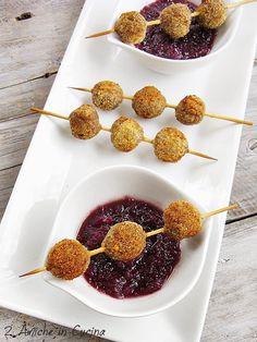 Polpettine Piccanti con Salsa di Cipolle e Vino al Miele – 2 Amiche in Cucina