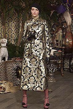Dolce & Gabbana Fall 2000 Ready-to-Wear Fashion Show - Hannelore Knuts