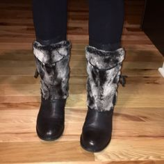Fashion Winter Boots!!  Super comfortable leather boots with beautiful  gray and black foe fur. Inside zip for easy on off. SO SOFT!! Worn just a handful of times. b. makowsky Shoes Winter & Rain Boots