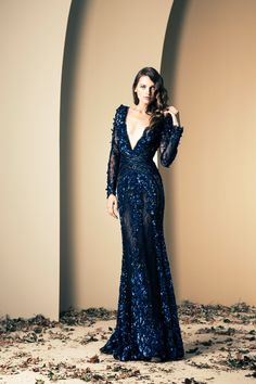 Lebanese fashion designer Ziad Nakad unveiled his new Haute Couture fall/winter 2013 collection of gorgeous evening dresses and gowns. Lace Dresses, Elegant Dresses, Pretty Dresses, Prom Dresses, Formal Dresses, Dress Prom, Wedding Dresses, Awesome Dresses, Couture Dresses