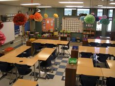 Little Lovely Leaders: 5th grade classroom Graded papers returned to home room teacher...