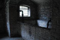 Prison bath