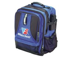 "RIEDELL BACKPACK SKATE BAG Our Backpack features a padded back for greater comfort and easily stores a pair of size 14 skates. This bag also has an expandable middle compartment large enough for a laptop or a few books and a multi-functional front pocket for the rest of your stuff. 600 Denier nylon 20 1/2"" x 13"" x 10""</strong>"