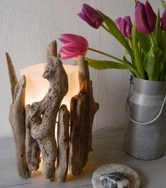 lampe diy  Decorative wood floated to a cubic lamp  French Site!  Great projects!  Deco bois flotté pour une lampe cubique    ~au fiil de leau