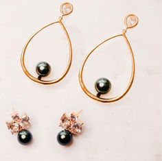 Practical and statement earrings. Day to night.   #pearls #cubiczirconia #gold #greenpearls #earrings