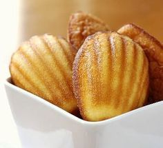 The Best Madeleine cakes Recipe - French Madeleine Cakes