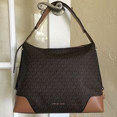 519 Best Michael Kors Handbags images in 2020   Michael kors