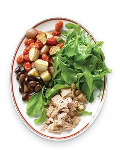 Tuna Salad Nicoise - enjoy flaky tuna and roasted tomatoes in this hearty salad