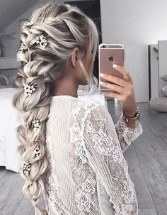 Loose Braided Hairstyles with Balayage Long Hair - Stylish Long Hairstyles for W. Loose Braided Hairstyles with Balayage Long Hair - Stylish Long Hairstyles for Women Soft. Medium Long Hair, Medium Hair Styles, Short Hair Styles, Braided Long Hair Styles, Wedding Hair Tips, Wedding Makeup, Bridal Braids, Braids For Wedding Hair, Fishtail Braid Wedding