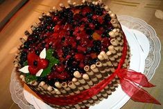 How Sweet Eats, Cake Designs, Waffles, Cake Recipes, Food And Drink, Birthday Cake, Pie, Fruit, Cooking
