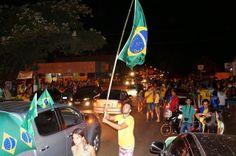 JORNAL CORREIO MS: Bataguassuenses invadem as ruas da cidade para com...