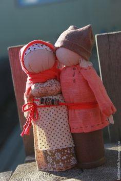 """Купить Кукла """"Иван да Марья"""" семейный оберег - коралловый, оранжевый, коричневый, неразлучники, любовь, семья"""