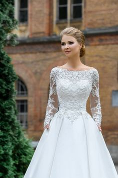 6 Beautiful Wedding Dress Trends in 2020 Wedding Dress Trends, Elegant Wedding Dress, Bridal Wedding Dresses, Dream Wedding Dresses, 2017 Bridal, Wedding Ideas, Bridal Skirts, Bride Gowns, Mermaid Dresses