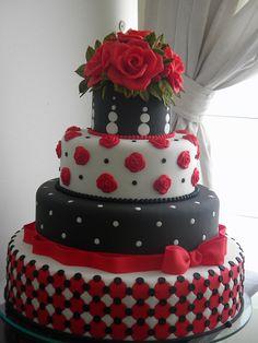 15th Birthday Cake by A de Açúcar Bolos Artísticos, via Flickr
