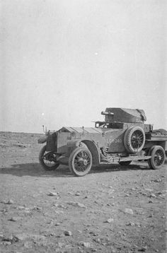 MINISTRY INFORMATION FIRST WORLD WAR OFFICIAL COLLECTION (Q 15725) Operations against the Senussi. One of Major the Duke of Westminster's Armoured Cars at Es Sollum, April 1916.