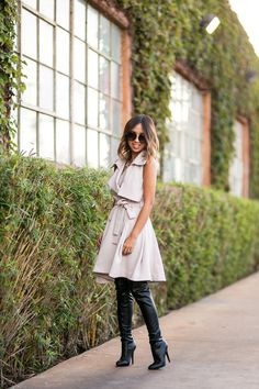 lace-and-locks-petite-fashion-blogger-trench-coat-dress-03.jpg 700×1,050 pixels