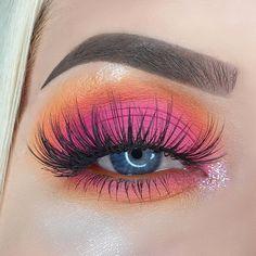 Pink and orange eye shadows The utilize of magic size make-up is often Orange Eyeshadow Looks, Eyeshadow For Hooded Eyes, Copper Eyeshadow, Pastel Eyeshadow, Orange Eye Makeup, Simple Eyeshadow, Eyeshadow For Brown Eyes, Natural Eyeshadow, Pink Makeup