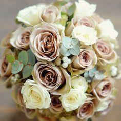 Vintage Amnesia rose wedding bouquet www.greenparlour.com