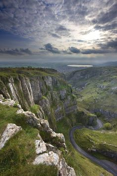 Cheddar Gorge in Somerset, UK by: David Noton photography