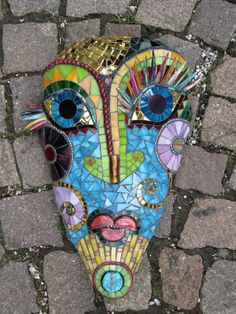 Mosaic Mask by Kay Berry Mosaic Crafts, Mosaic Projects, Mosaic Art, Mosaic Glass, Mosaic Madness, Mosaic Designs, Mosaic Patterns, Mosaic Rocks, Mosaic Portrait
