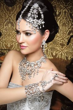 Asiana Wedding Magazine photo shoot at The Heath House, Indian Bride Jewellery Set
