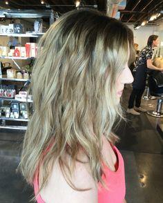 Ashy blonde balayage. Blonde balayage. Rooty balayage. Balayage. Beachy hair. Beach waves. Wavy hair. Blonde. Hair by Mallory at B Young Salon Wichita KS