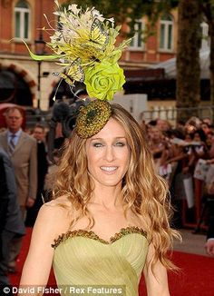 American Actress Sarah Jessica Parker wears a Philip Treacy design. Saloon  girl  Silly Hats 32600b32922f