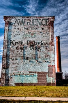 Lawrence Mfg. ghost sign by chris stern PHOTOGRAPHY via Flickr