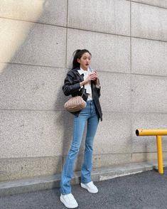 Blackpink Fashion, Kpop Fashion Outfits, Daily Fashion, My Girl, Cool Girl, Japanese Girl Group, Latest Fashion Trends, Kpop Girls, Yuri