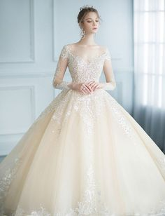 50 Popular Wedding Dresses in 2018 For Beautiful Brides Wonderful Designer Wedding Gown With Featuring Sparkly Jewel Embellishment Popular Wedding Dresses, Country Wedding Dresses, Classic Wedding Dress, Princess Wedding Dresses, Perfect Wedding Dress, Dream Wedding Dresses, Bridal Dresses, Trendy Wedding, Sparkly Dresses