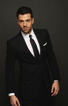 Greeks, Gorgeous Men, Men's Fashion, Suit Jacket, Handsome, Celebrities, Hair Styles, People, Shopping
