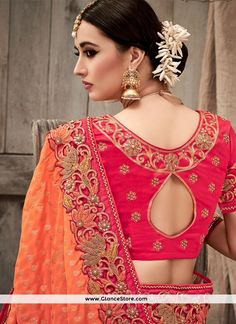 Buy latest saree, Magenta pink silk sarees for diwali, u neck now in shop. Andaaz Fashion brings latest designer ethnic wear collection in US Sari Design, Blouse Neck Designs, Blouse Styles, Beau Sari, Designer Wear, Designer Dresses, Baby Pink Saree, Simple Sarees, Designer Blouse Patterns