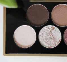New World Makeup Revolution Fortune Favours the Brave eyeshadow palette