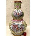New Year Celebration Porcelain Vase 36