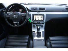 Volkswagen Passat  Description: Volkswagen Passat Variant 1.4 TSI Highline Executive Vol-leder/Navi/18inch  Price: 301.15  Meer informatie