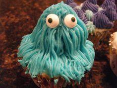 monster cupcake (Fall/13)