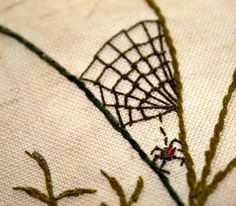 Quilt Wall Hanging Queen Annes Lace Embroidery Nature by Waterrose Embroidery Needles, Crewel Embroidery, Hand Embroidery Patterns, Cross Stitch Embroidery, Embroidery Designs, Crazy Patchwork, Crazy Quilting, Halloween Embroidery, Scrap