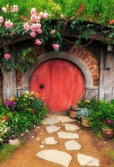 This would be great on my bank as a fairy door 1' high.