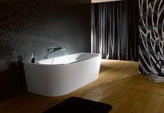 semi detached bad pseudo vrijstaand bad