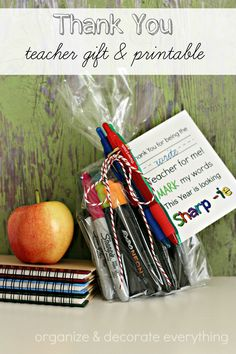 Thank you teacher gift and printable - Organize & Decorate Everything employeeappreciation Thank You Teacher Gifts, Teacher Appreciation Gifts, Employee Appreciation, Free Printable Gift Tags, Free Printables, Back To School Crafts, School Gifts, Inspirational Gifts, Diy Gifts