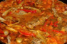 Hoy les propongo cocinar este clásico de la gastronomía argentina, muy fácil de hacer y sencillamente delicioso...