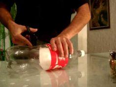 Caja con botella de coca-cola