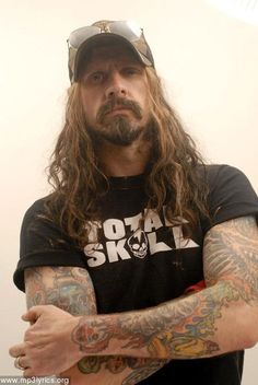 Rob Zombie-love this pic !!