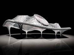 ポンピドゥ・センター、メス  2004  協働:坂茂+ジャン・ドゥ・ガスティーヌ+フィリップ・グムチジャン