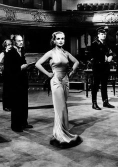 Carole Lombard in To be or not to be