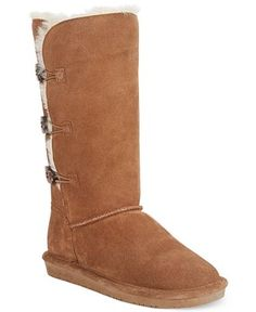 Lined in a cozy wool-blend lining and decorated with toggle closures, the Lauren cold weather boots are amazingly cozy and cute. By Bearpaw. Fur Boots, Rain Boots, Shoe Boots, Women's Shoes, Nike Shoes, Cold Weather Boots, Stylish Boots, Boots Online, Bearpaw Boots