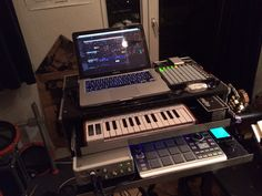 iphone/mpc/aruriaminilab/focusrite/mac/launchpadmini/Digitalent